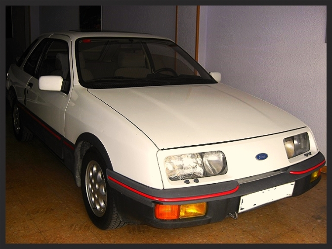 Spanish Sierra XR4i in Dealership Siesta